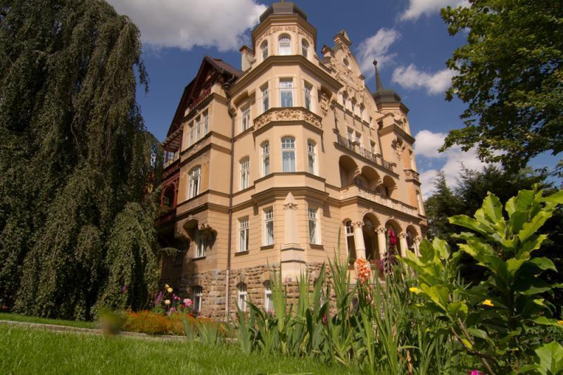 Apartment-Villa-frei-Karlsbad