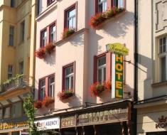 Hotel Kavalerie (Karlovy Vary)