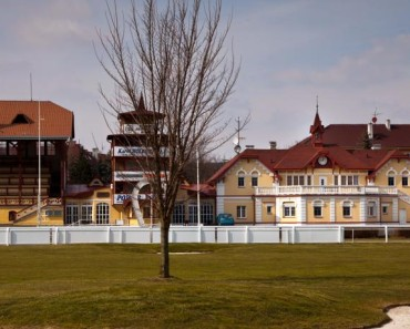 """Hotel """"U Šimla"""" (Karlovy Vary)"""