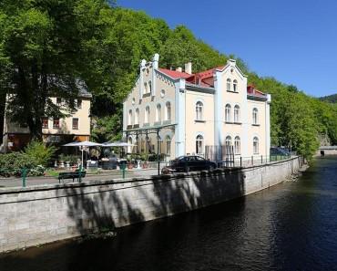 VILLA BASILEIA (Karlovy Vary)