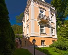 Villa Renan (Karlovy Vary)